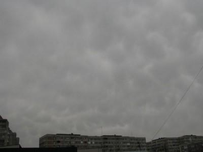 Nori  mammatus-  18  decembrie.jpg